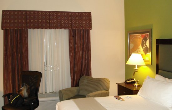 Holiday Inn Express Troutville-Roanoke North: nice room