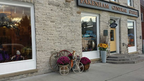 The Pakenham General Store