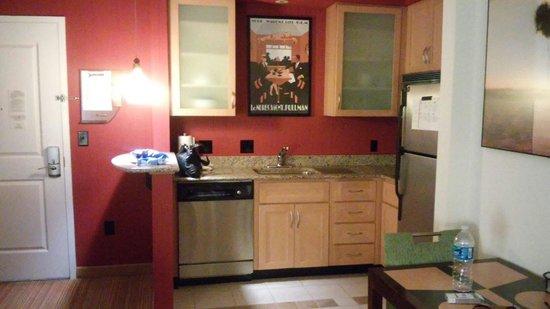 Residence Inn Harrisonburg : Great kitchenette