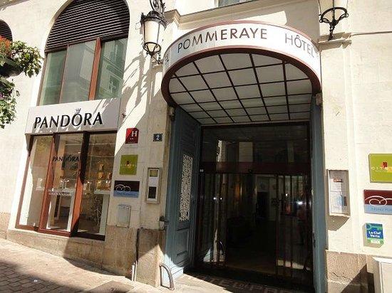 Hotel Nantes Centre Passage Pommeraye: かわいいファサード