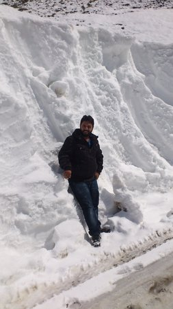 Kinnaur District, India: Height of Snow.. wow