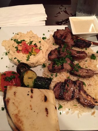 Off The Boat Fish Grill: Lamp chops