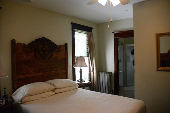 11th Avenue Inn Bed and Breakfast : Our room #2