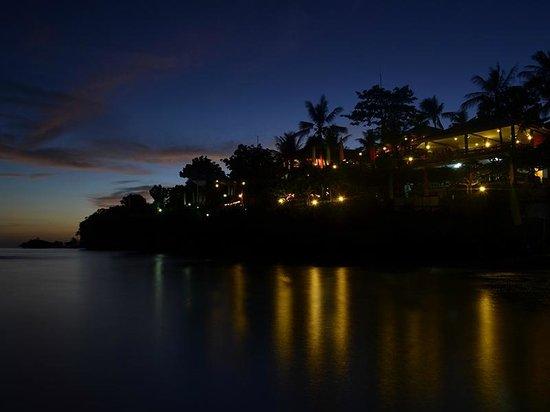Santiago Bay Garden & Resort: Resort Sunset View