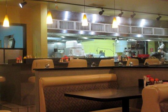 Photo of Japanese Restaurant Ringer Hut at 1072 Saratoga Ave, San Jose, CA 95129, United States