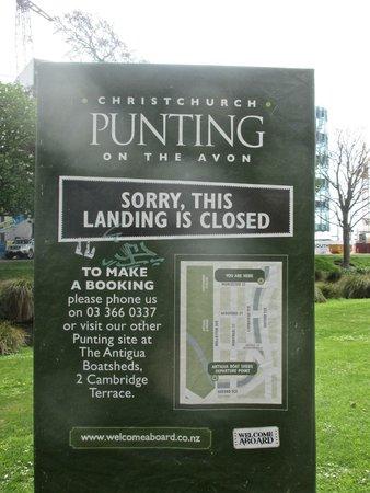 Avon River: Punting sign