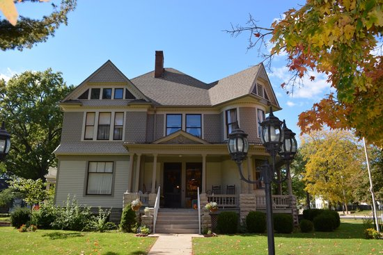 A.P. Green House Bed and Breakfast: From the Outside