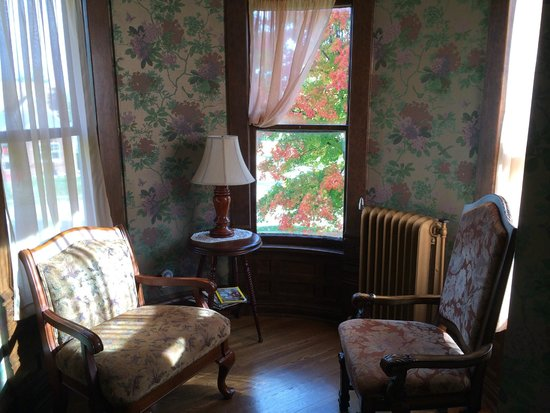 A.P. Green House Bed and Breakfast: Cozy Corner