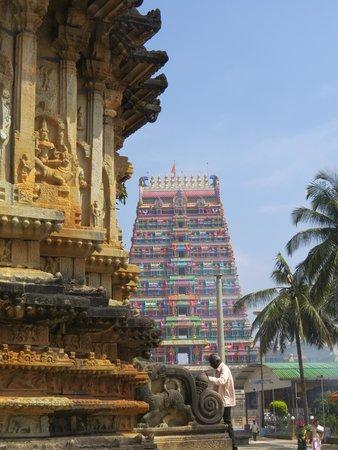 Sringeri Saradha Peetam Temple: Gopuram of the Sharadambha Temple