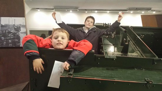 DLI Museum and Durham Art Gallery : Playing in the armoured vehicle