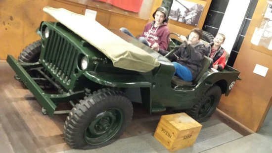 DLI Museum and Durham Art Gallery : Sitting in the jeep