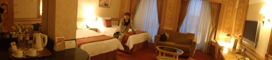 The Rizqun International Hotel: Rooms are spacious and quiet