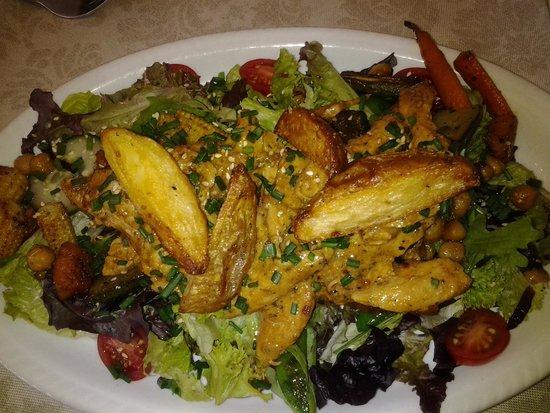 Bayleaf Cafe: Moroccan Salad