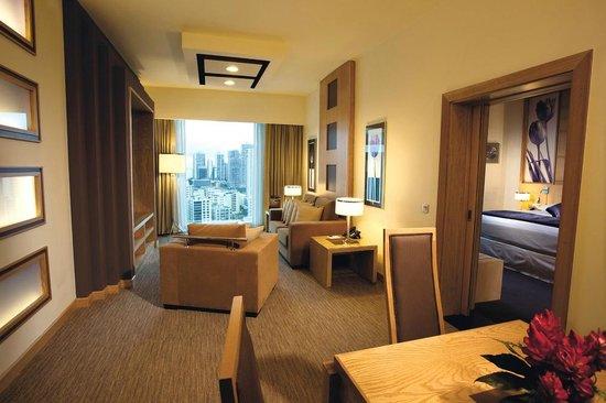 Suite fotograf a de hotel riu plaza panam ciudad de for Habitacion familiar riu playa blanca