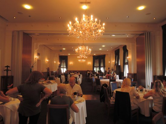 Hotel Bristol by OHM Group : Breakfast in the ballroom