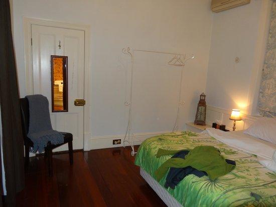 Barossa Dreams: Bedroom
