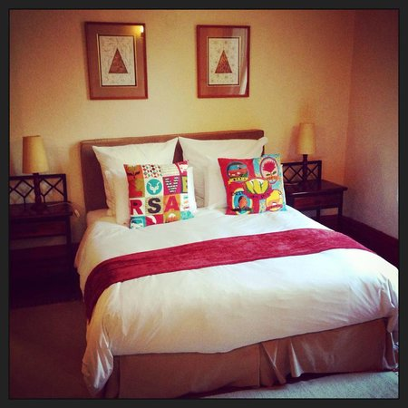 Esperanza Guest House : Comfortable bed
