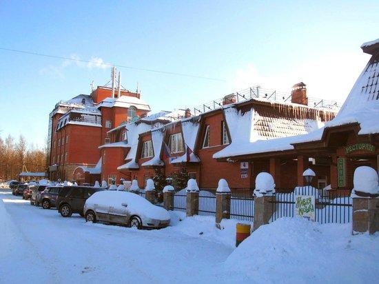 K-Vizit Hotel: Фасад здания