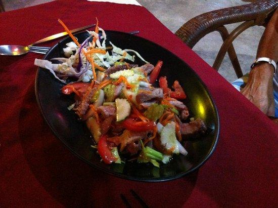 Poom's Place: Salade thaï boeuf