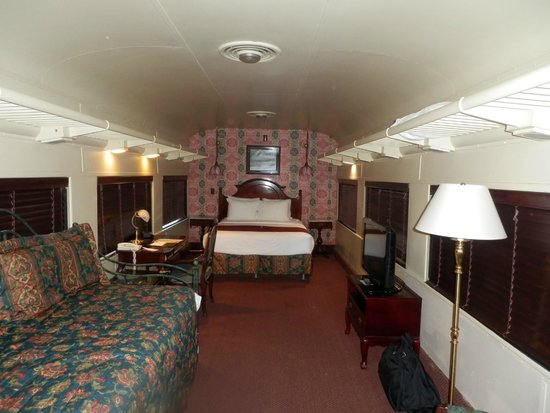 train car interior picture of chattanooga choo choo