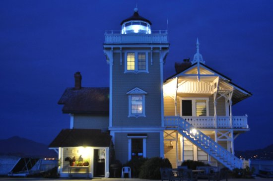 East Brother Light Station: Historic Victorian B&B