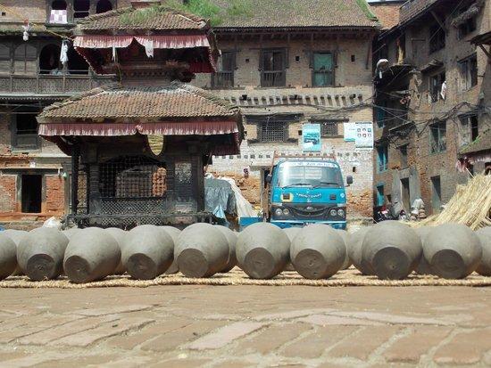 Pottery Square: vasijas