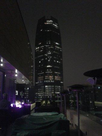 EAST Hong Kong: Vue bar