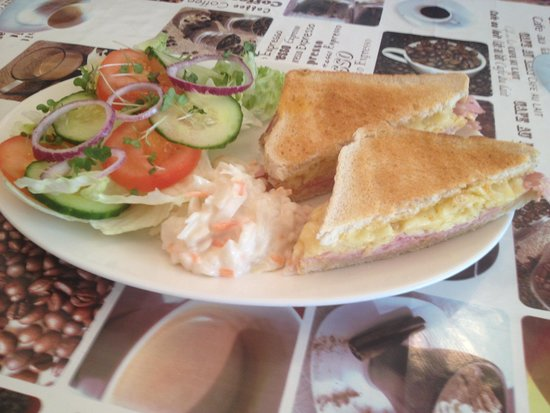 The Willows Coffee House : Food @  the Willows