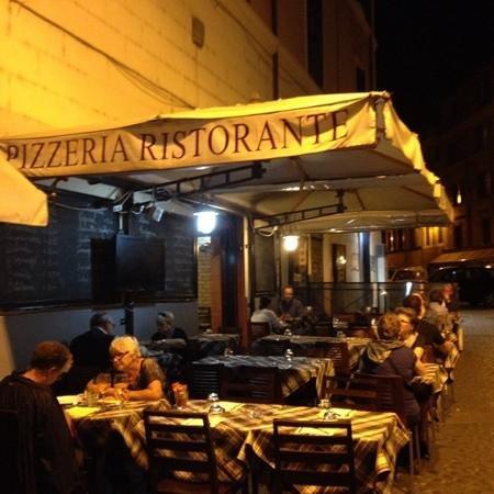 Cacio e pepe foto di ristorante pizzeria san cosimato roma tripadvisor - Ristorante con tavoli all aperto roma ...