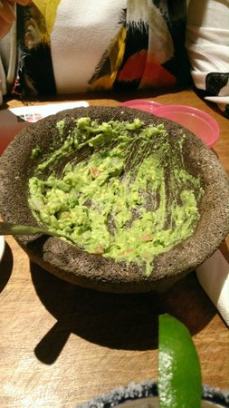 ‪‪Mexicali Grill‬: Finshed guacamole :)‬