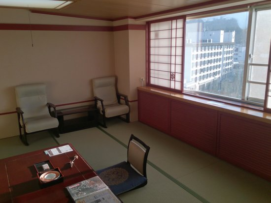 Hotel Akankoso : 湖側の部屋(和室)