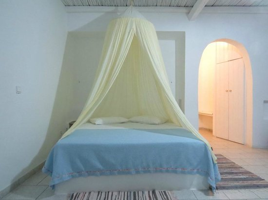 """Thalassitra Village Hotel: """"Himmelbett"""""""