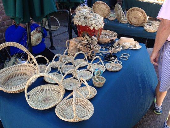 Charleston City Market: Sweetgrass Baskets