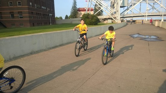 Beacon Pointe Resort: Free bikes, Kids loved it.