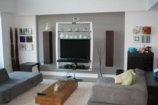 Oceania Residences: living room