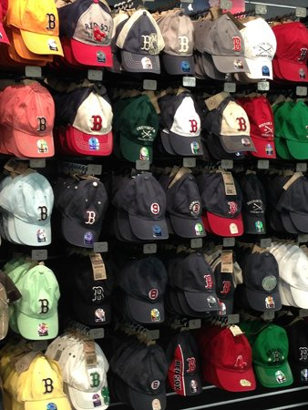 best loved 2c7ad 58764 Huge Selection of Red Sox Hats - Picture of Red Sox Team ...