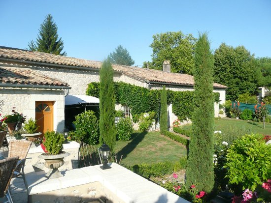 La Bruceliere: View of the garden