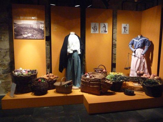 Briones, Espanha: Día de mercado