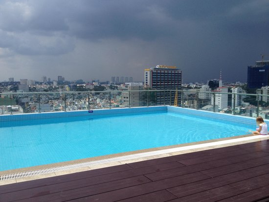 Saigon Pavillon Serviced Apartment: Pool