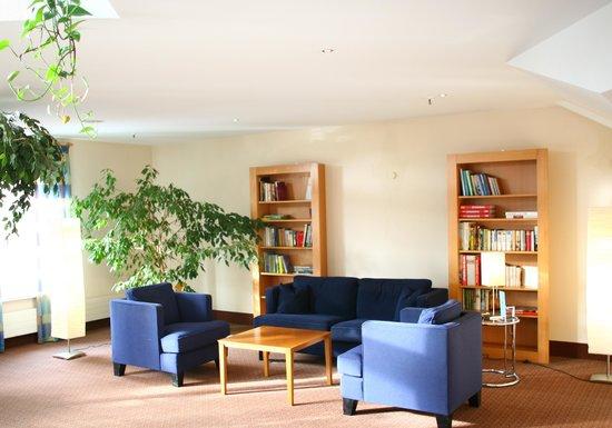 Vienna House Easy Coburg: Lobby