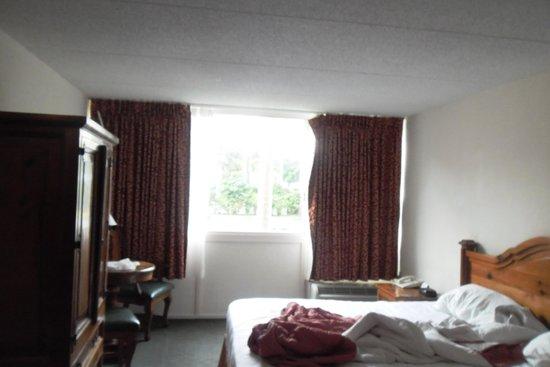 Hotel Roma Golden Glades Resort: el aire acondicionado no funcionaba correctamente