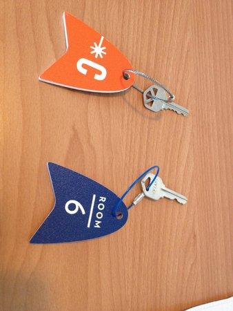 Christiana, เพนซิลเวเนีย: Designer key tags - designed by Vancouver designer Riley Cran