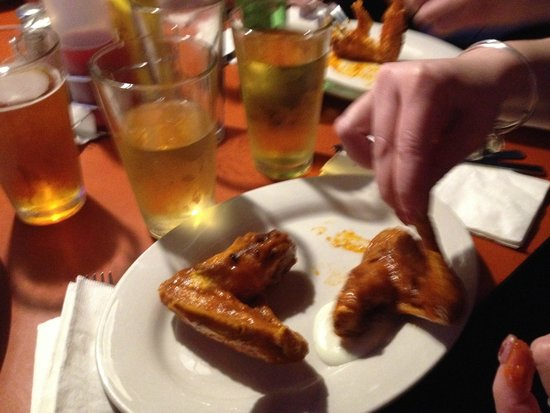 The Thurman Cafe : Buffalo Wings (whole wing)