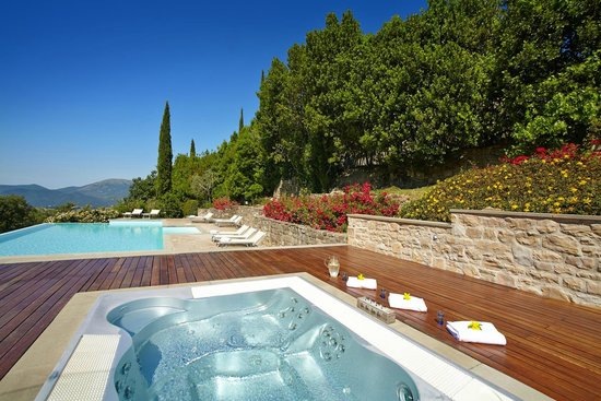 Locanda del Gallo: Enjoy the jacuzzi