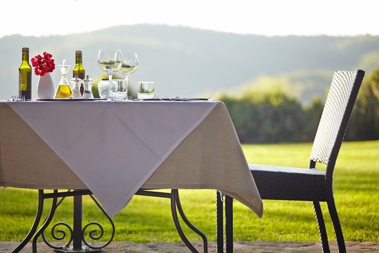 Locanda del Gallo: A meal with views