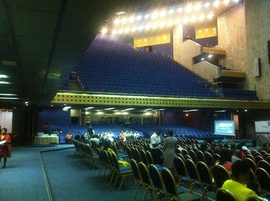 Rainbow Towers Hotel : Auditorium