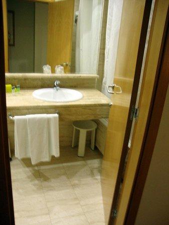 Hotel Silken Alfonso X: baño
