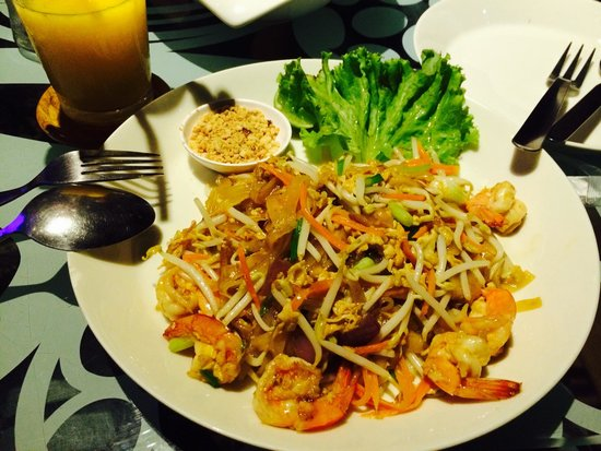 Good Times Resort: Pad thai