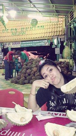Durian Ucok: pertama kali datang ke medan