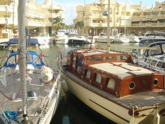 MedPlaya Hotel Villasol: Вблизи отеля находится марина - новая прелестная гавань.